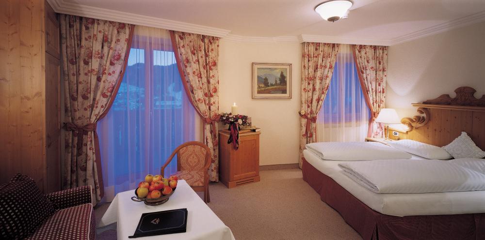 italy_dolomites_corvara_hotel _sassongher_standard_comfort_room.jpg